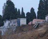 """Crollo del cimitero di Camogli. Nella Liguria """"rapallizzata"""" non c'è pace neanche per i morti"""